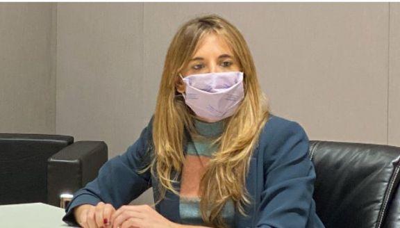 Nicolini destacó que la llegada de nuevas dosis acelera el ritmo de vacunación