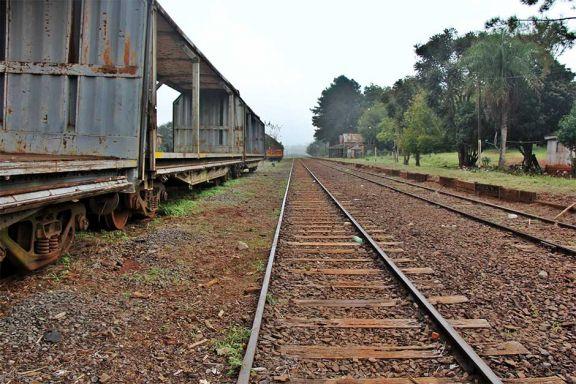 Joven murió arrollado por un tren en San José