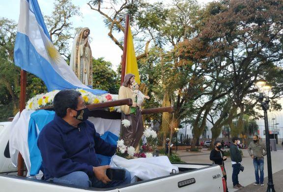 Peregrinación vehicular en honor a Fátima arrancó desde la Catedral