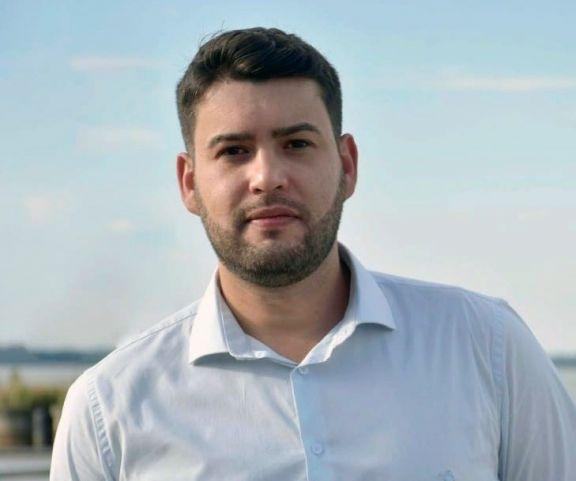 Souza: acceso laboral para la juventud y menos burocracia, la propuesta