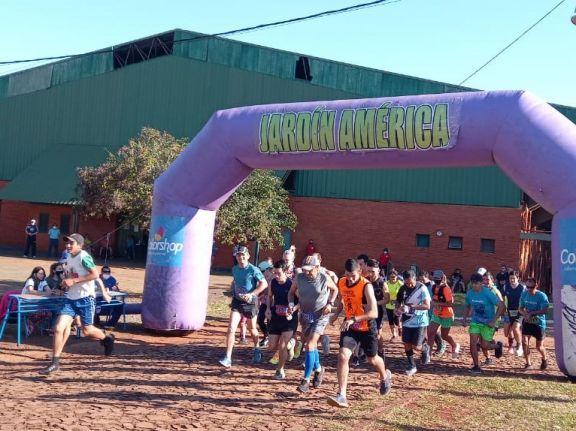 Competidores de toda la provincia corrieron la maratón por el aniversario de Jardín América