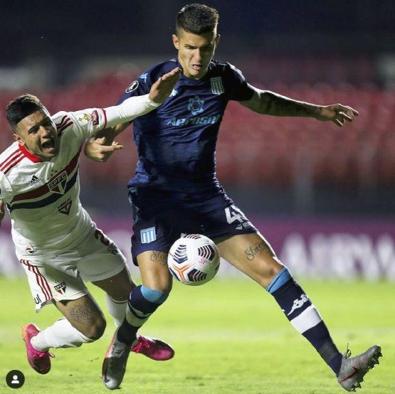 El posadeño Imanol Segovia debutó en Racing por Copa Libertadores