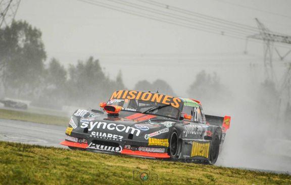 Bundziak fue cuarto en la serie y la lluvia no dejó correr la final del TC Mouras