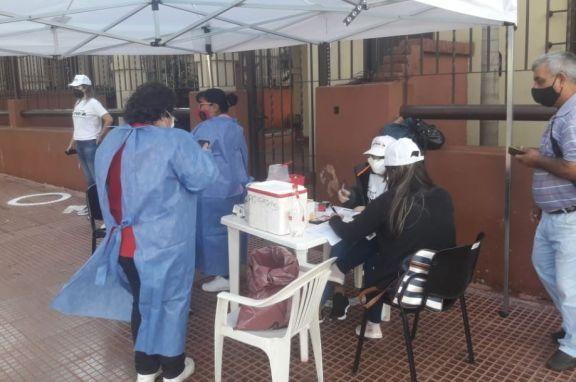 Habilitan 3 vacunatorios móviles en Eldorado