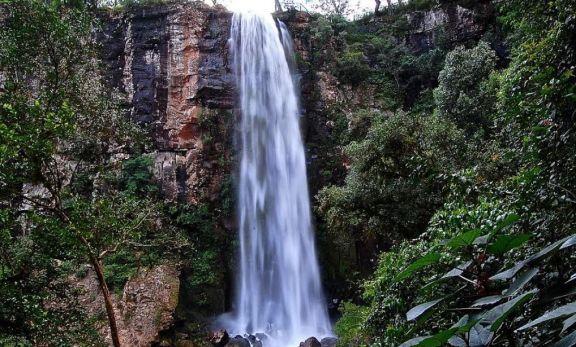 Por ser zona de riesgo, el Parque  Salto Encantado también cierra sus puertas
