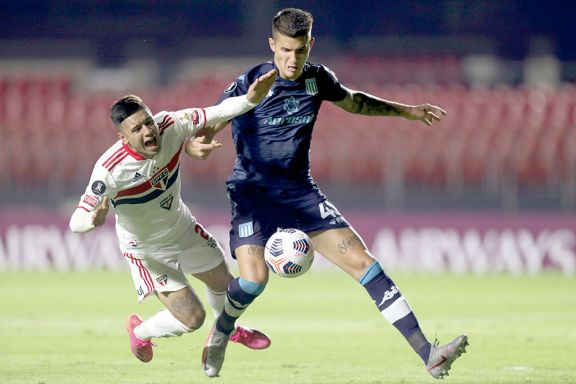 El posadeño tuvo su debut soñado y por Copa Libertadores con la Academia.