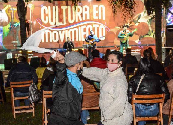 Espectáculos, capacitaciones y gastronomía misionera en el Parque de las Naciones