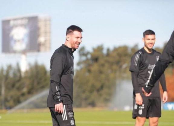Messi participó en Ezeiza del primer entrenamiento de la Selección Argentina