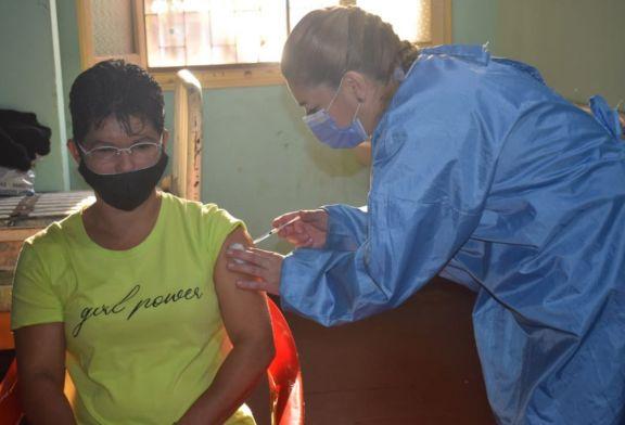 Vacuna anticovid: en un día se aplicaron más de 300 dosis en Jardín América y alrededores