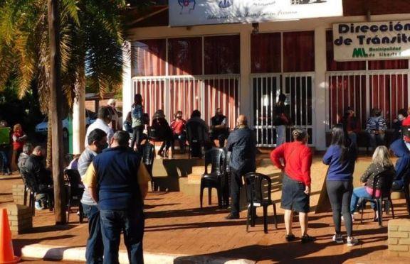 Sin pausa, se realiza el operativo de inmunización en el Centro Informático Municipal de Libertad