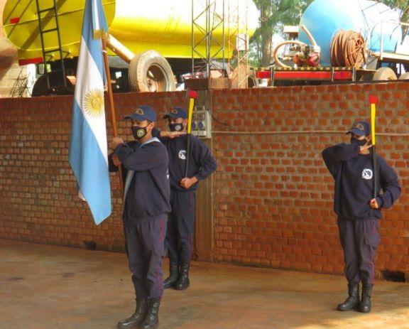 Bajo protocolo, se recordó el Día del Bombero Voluntario en Puerto Libertad