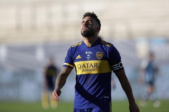 """Tevez, entre lágrimas, anunció su adiós de Boca: """"Mi sangre siempre será azul y amarilla"""""""