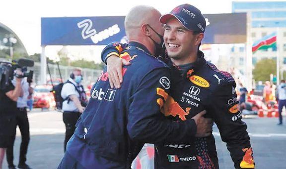 Checo Pérez festejó en el GP de Azerbaiyán