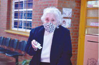 Tomasa Monjes tiene 92 años  y ejerció su deber cívico