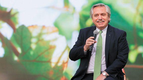Fernández promulgó la Ley de Educación Ambiental Integral