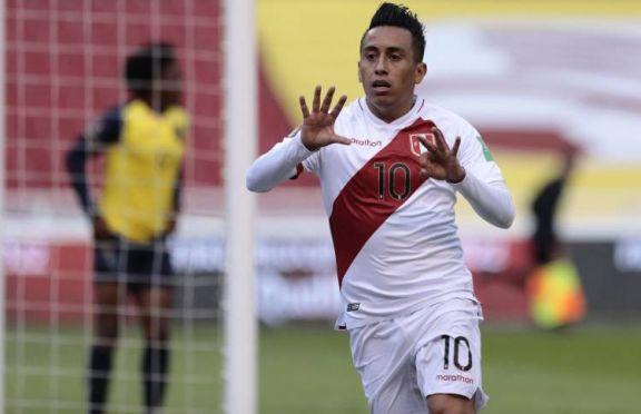 Gareca le ganó el duelo de DTs argentinos a Alfaro y Perú respiró ante Ecuador
