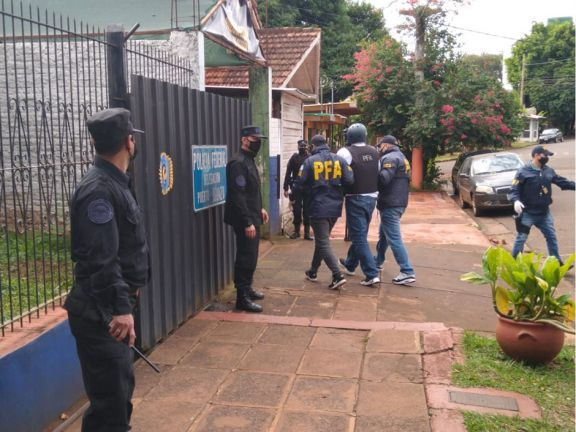 Tras casi cinco meses en Brasil, extraditaron al Pato Cabrera