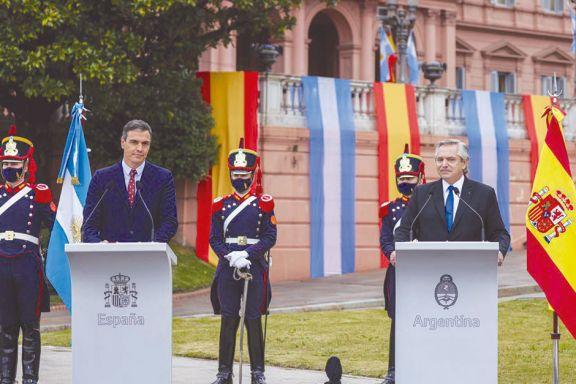 España reiteró su apoyo al país en  la negociación por la deuda con el FMI