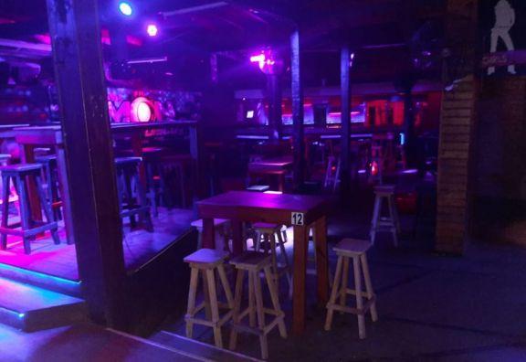 Prueba piloto a fin de flexibilizar horarios de atención de bares y restaurantes de Eldorado