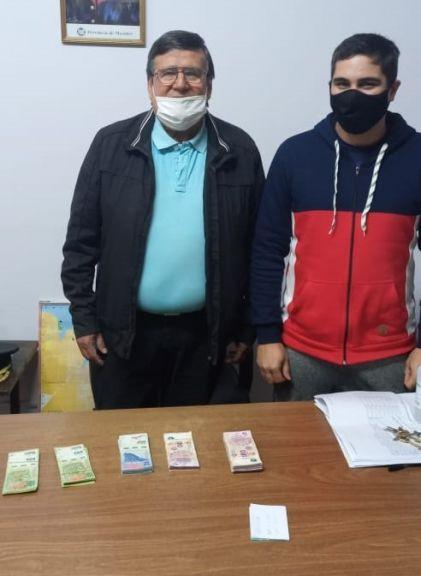 Encontraron al dueño de los 45 mil pesos que halló un comerciante en un Banco
