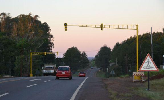 Puerto Rico: semáforo sobre ruta 12 permanecerá en luz amarilla y de forma intermitente