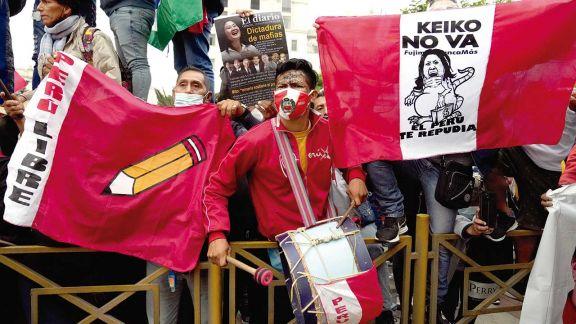 Perú: Castillo sigue primero y Fujimori insiste con el fraude