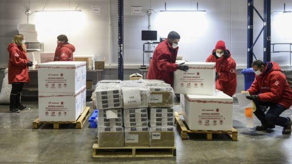Llegaron 811 mil dosis de vacunas AstraZeneca de fabricación conjunta con México