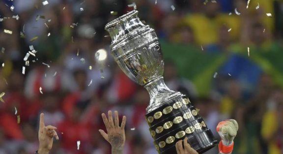 Brasil recibe el torneo con tensiones políticas, estrés sanitarios y colapsos