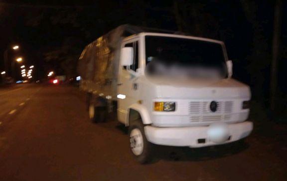 Camionero alcoholizado atropelló un control policial en Apóstoles y terminó detenido