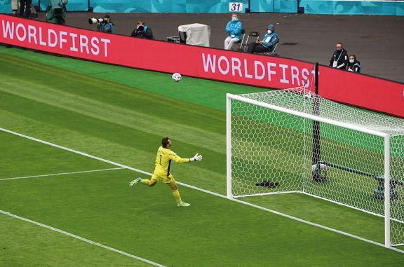 Un misil teledirigido,  el gol récord de la Euro