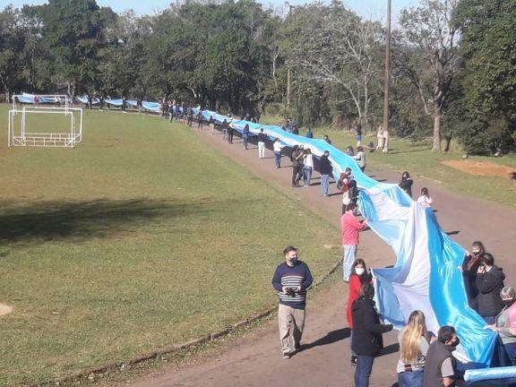 Mostraron la bandera argentina más larga