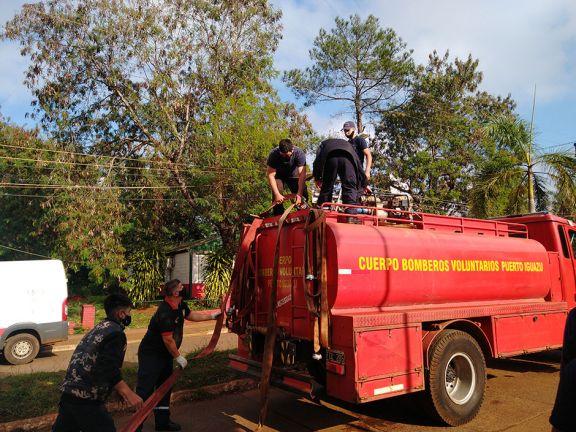 Iguazú: distribuyeron cerca de 500 mil litros de agua a vecinos