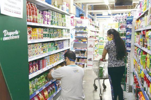 La remarcación de precios es una constante. Foto: Natalia Guerrero