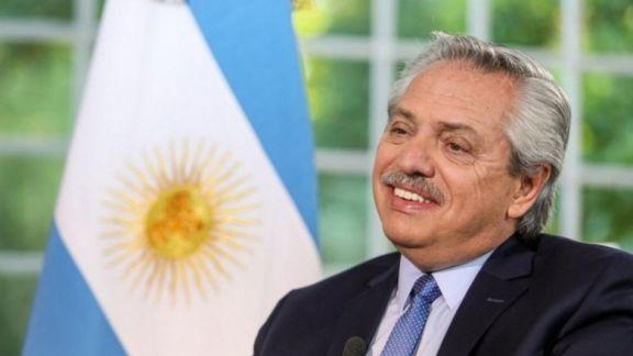 Alberto Fernández encabezará mañana desde Olivos el acto por el Día de la Bandera