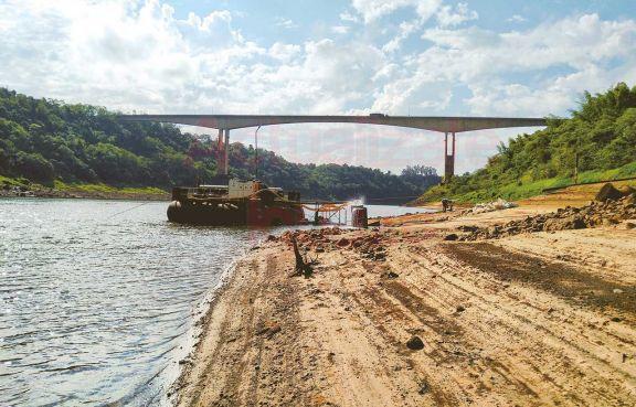 Afirman que la bajante de los ríos se potenciará en los próximos meses
