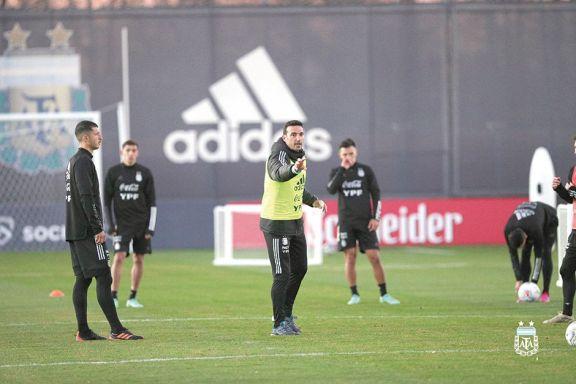 Copa América: Argentina enfrenta a Paraguay en busca de la clasificación a cuartos