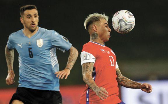 Chile empató con Uruguay y también se clasificó