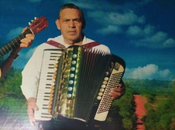 La repentina muerte de un músico chamamesero y la búsqueda familiar de su preciado acordeón