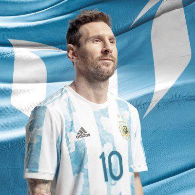 Messi cumple años concentrado con la selección