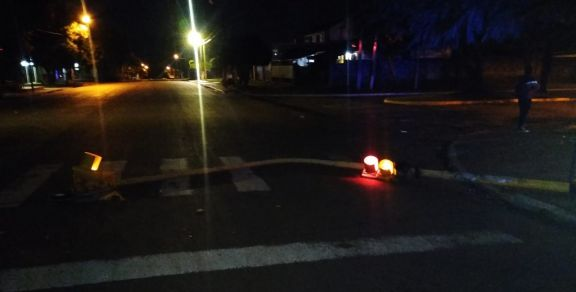 Se desplomó un semáforo en una esquina de Posadas