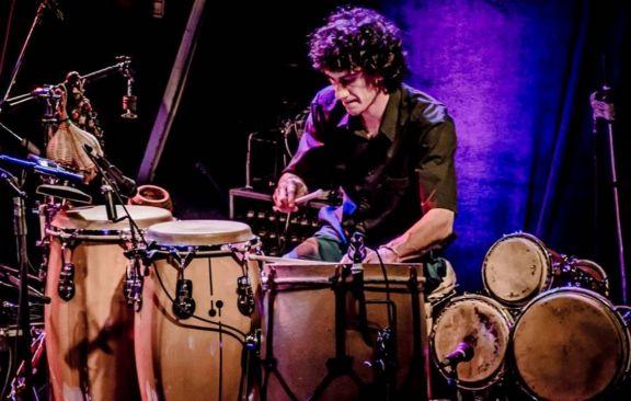 """El baterista de La Bersuit, nuevo invitado del ciclo virtual """"Charlas entre Músicos"""""""