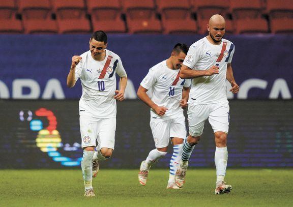 Paraguay fue más que Chile y se metió en cuartos