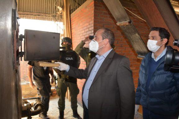 Incineraron 22 toneladas de marihuana en Santiago de Liniers