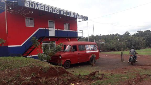 Bomberos voluntarios de Andresito buscan renovar su flota de vehículos