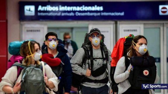 El drama de las agencias de turismo y pasajeros por el nuevo cupo aéreo desde el exterior