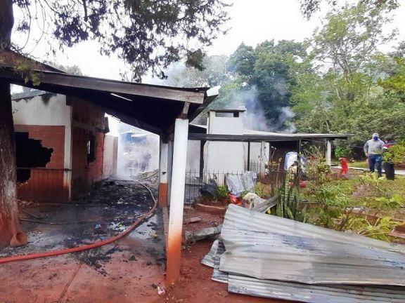 Incendio fatal en El Alcázar: después de la tragedia, solidaridad para Julieta