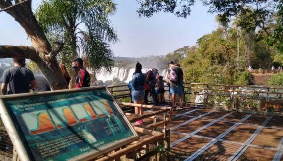 Lanzaron medidas por 200 millones de pesos para asistir al sector turístico de Misiones