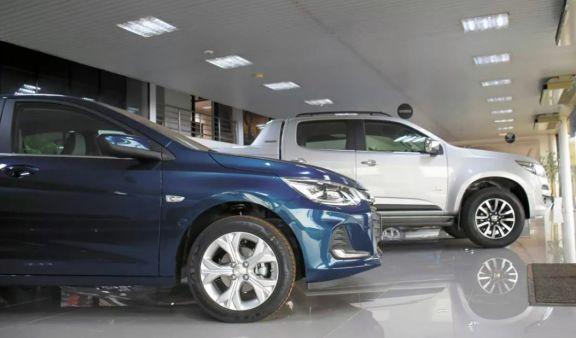 En el primer semestre del año se patentaron casi 2000 automóviles en Misiones