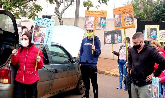 Caso Pizmeny: familiares y allegados a la víctima realizaron una marcha por justicia en Apóstoles