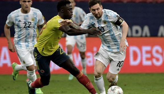 """Messi: """"Tenemos un arquero que es un fenómeno"""""""